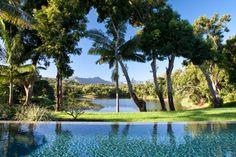 Beau jardin avec vue sur le lac et piscine - Kauai Hawaii