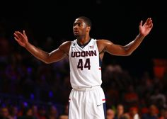 Connecticut vs. Maryland - 12/8/15 College Basketball Pick, Odds, and Prediction