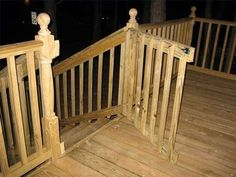 Build a simple deck gate that's attractive and up to code using new lumber or recycled railing material. Porch Gate, Deck Gate, Deck Railings, Front Porch, Stair Gate, Front Deck, Building A Gate, Deck Building Plans, Deck Plans