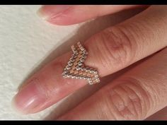 : Peyote ring with miyuki and swarovski beads beadng tutorial Diy Jewelry, Beaded Jewelry, Jewelry Rings, Beaded Necklace, Jewelry Making, Handmade Beads, Handmade Jewelry, Tutorials, Bracelets