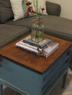 My Coffee Table Makeover. DIY. Before and After Photos. Mason Jar. Miss Mustard Seed Milk Paint. http://darlingstreet.com.au/2013/12/30/my-coffee-table-makeover/