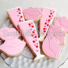 Valentine's Day Cookies  #valentine #valentinesday #champagne www.sweetbellabakery.com