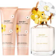 Daisy Eau So Fresh Gift Set Marc Jacobs Fragrances ($100) ❤ liked on Polyvore featuring beauty products, gift sets & kits and marc jacobs