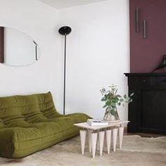 Home sweet home #interiortrend #contemporaryinterior #furnituredesign #interiordesign #productdesign #interiorphotography #architectureanddesign #midcenturymodern #deko #pillowdesign #inredningsdesign #minimalmood #frenchinterior #inneneinrichtung #danishdesign #lightdesign #scandinavianhome #marble #italiandesign #inredningsdetalj #whitespace #minimaldesign #monochrome #hollywoodregency #greyinterior #livingroominspo #decoracon #textilelove #interiorstyling #zweidesign