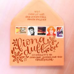 Coral Mail Art Envelope – Lettering in Real Time Mail Art Envelopes, Cute Envelopes, Decorated Envelopes, Addressing Envelopes, Envelope Lettering, Envelope Art, Envelope Design, Pen Pal Letters, Letters Mail