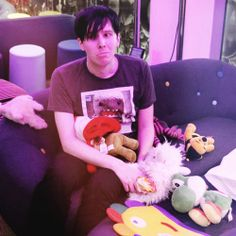 Phil Lester has the same last name as me << I WANT TO BE YOU