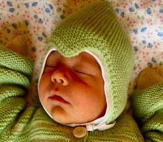 Knitting For Kids, Knitting Projects, Baby Knitting, Knit Baby Dress, Baby Booties, Baby Hats, Ravelry, Knit Crochet, Projects To Try