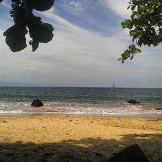No paraíso nao precisa de filtro #ilhabela #ilhabelasp #ilha #sun #sol #sun7 #sunset #summer #beach #praia #playa #sail #sailboat #sailing #veleiro #praia #praiadopacuiba #praiadopacoiba #semfiltro #nofilter by caueblanes