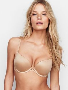 Victoria shoetower nude