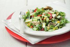 Kijk wat een lekker recept ik heb gevonden op Allerhande! Frisse salade met makreel