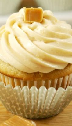 Salted Caramel Cupcakes with Caramel Buttercream Frosting