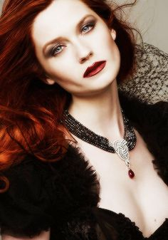 Redhair..love the celtic necklace..