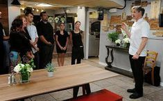 Bella Luna from Kitchen Nightmares. Click to find out if the restaurant is open or closed and what happened next Luna Kitchen, Usa Tv, Kitchen Nightmares, Movies To Watch Free, Gordon Ramsay, Updated Kitchen, Cool Kitchens, How To Find Out