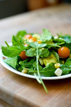 Avocado Arugula Salad with Cherry Tomatoes and Grilled White Corn by thekitchykitchen #Salad #Avocado