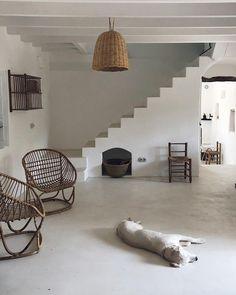 Home Decoration For Living Room Sofas For Small Spaces, Living Spaces, Living Room, Summer Deco, Minimalist Room, Shop Interior Design, Decoration, Country Decor, Colorful Interiors