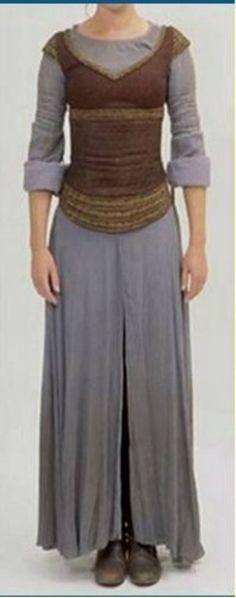Eowyn tenue de réfugiée