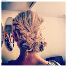 #Updo Prom Perfect #twodayslook #PromPerfect @Kimberly West