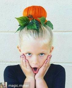 Halloween Hairstyles The perfect pumpkin bun! The post Halloween Hairstyles appeared first on Haar. Crazy Hair For Kids, Crazy Hair Day At School, Crazy Hair Days, Crazy Hair Day For Teachers, Crazy Hair Day Girls, Holiday Hairstyles, Cool Hairstyles, Halloween Hairstyles, Hair Styles For Halloween
