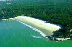 A very similar beach to the one where Hannah meets Jude....