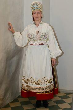 Northen Estonia - women from Jõelähtme Parish