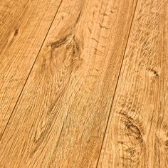 8mm Inhaus Traditional Vintage Collection Laminate Flooring CALGARY OAK