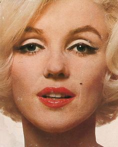 Marilyn a Biography, Norman Mailer, DJ, Printing, 1973 Bonus Book Norma Jean Norman Mailer, Bert Stern, Marilyn Monroe Quotes, Best Kisses, Celebrity Photographers, Norma Jeane, Most Beautiful Women, Hollywood, Trending Outfits