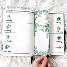 20 Bullet Journal Weekly Spread Ideas You'll Want To Try - Its Claudia G, Tropical Nature Bullet Journal Weekly Spread. If you need bullet journal inspiration, here are the best bullet journal weekly spreads you can copy to . Bullet Journal Weekly Spread Layout, Bullet Journal 2020, Bullet Journal Aesthetic, Bullet Journal Notebook, Bullet Journal Themes, Bullet Journal Inspo, Bujo Weekly Spread, Bullet Journal Leaves, Bullet Journal Cover Ideas