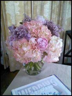Lilac, peony and hydrangea! Gorgeous!