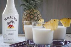 Pina Colada - so easy with rum, coconut cream and pineapple juice