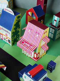 printable paper toy - candy store printable house for kids - print 30+ houses, cars, and people to build your own neighborhood! via SmallforBig.com