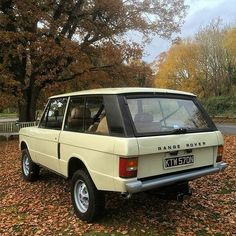 landroverphotoalbum Instagram feed — 1975 #rangeroverclassic2dr by @maxb3ard...