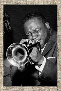 """Clifford Brown (October 1930 – June aka """"Brownie,"""" was an influential and highly rated American jazz trumpeter. Jazz Artists, Jazz Musicians, Music Artists, Arte Jazz, Clifford Brown, Francis Wolff, Jazz Trumpet, Jazz Players, Louis Armstrong"""