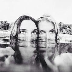 Fotos tumblr na piscina com amigas em baixo dágua #oceanphotography,