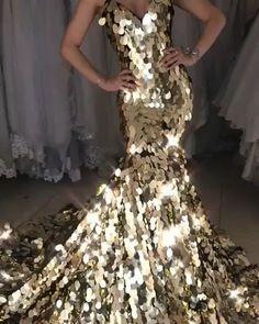 2019 Mermaid Prom Dresses,Mermaid Evening Gowns,Formal Dress – alinanova - Love this mermaid prom sequin dress,so sparkle ! Ball Gowns Prom, Ball Dresses, Mermaid Evening Dresses, Evening Gowns, Evening Dresses With Sleeves, Gold Prom Dresses, Formal Dresses, Dress Prom, Beautiful Gowns