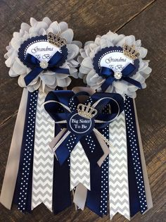 1 Little prince baby shower grandma to be pin - little prince corsage-royal prince baby shower-navy - My best home decor list Baby Shower Mum, Cowboy Baby Shower, Royal Baby Showers, Baby Shower Gender Reveal, Baby Shower Favors, Baby Shower Parties, Baby Shower Themes, New Baby Products, Royal Prince