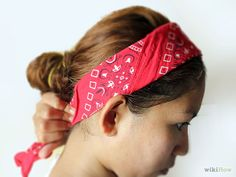 How to Tie a Bandana Like a Headband: 11 Steps (with Pictures)