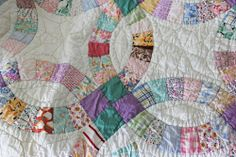 double wedding ring quilt !