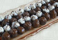 Mézes-diós csokigolyó Love Natural, Small Cake, Chocolate, Winter Food, Christmas Cookies, Natural Health, Nutella, Fudge, Stuffed Mushrooms