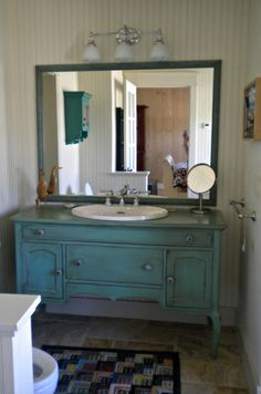 Gorgeous vanity. Not to mention I LOVE Henhouse.