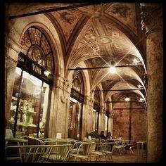 Lontano dal mondo...Caffè Meletti, Ascoli Piceno - Foto di @flaviakappa Expo Milano 2015, Expo 2015, Barcelona Cathedral, Coffee Shop, Art Nouveau, Universe, Explore, Places, Travel