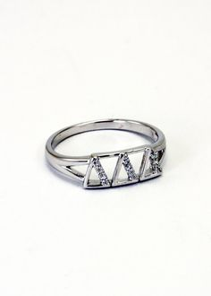 Score this ring 10% off using MWATKINS10 on the Collegiate Standard website