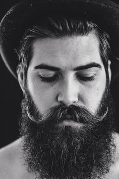 Easy Ways To Grow a Thicker and Healthier Beard. #fullbeard #beardlove