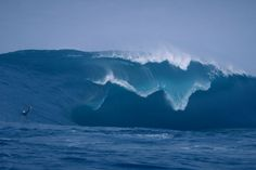 """Surfing The """"Right,"""" the World's Scariest Wave"""