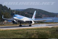 Boeing 757-236 aircraft picture