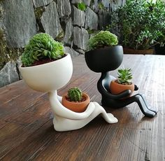 Planters by Estudio Floga - Architecture and Home Decor - Bedroom - Bathroom - Kitchen And Living Room Interior Design Decorating Ideas - Head Planters, Ceramic Planters, Garden Planters, Planter Pots, Succulent Planters, Diy Garden, Cacti And Succulents, Planting Succulents, Potted Plants