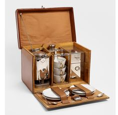 Moynat has created a luxury tea hamper which contains eveyrthing you need for a luxury tea picnic in the park. Vintage Tea, Vintage Picnic, Vintage Party, Picnic Set, Picnic Ideas, Picnic Time, Campaign Furniture, Vintage Luggage, Tea Service