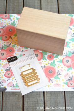 Craft a DIY recipe box to dress up your favorite dishes using the Home+Made collection by Jen Hadfield and Recipe Card Boxes, Recipe Box, Diy Recipe, Diy Baby Girl Blankets, Creative Crafts, Diy Crafts, Creative Ideas, Paper Bag Crafts, Diy Box