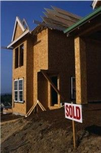 Buying a new construction home is a bit different than purchasing a resale home – one that's been previously owned by someone else. You'll need to be familiar with a few tricks of the t… Real Estate Buyers, Real Estate Tips, Selling Real Estate, Home Buying Tips, Buying A New Home, New Home Construction, Real Estate Houses, Home Ownership, Home Hacks