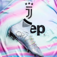 Nike Football Boots, Nike Boots, Soccer Boots, Girl Football Player, Football Is Life, Soccer Players, Best Soccer Cleats, Nike Soccer, Nike Cr7