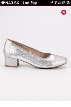 Strieborné lodičky na plochom podpätku Vinceza Kitten Heels, Platform, Shoes, Fashion, Moda, Zapatos, Shoes Outlet, Fashion Styles, Shoe
